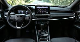 NOWY JEEP COMPASS  LIMITED 1,3 150KM 6A